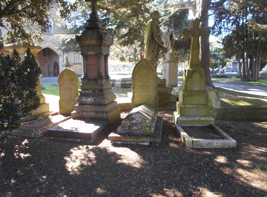 Chatham, Maidstone Road Cemetery | Kent Archaeology Society